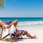 Beach Packing List: 10 Essential Items