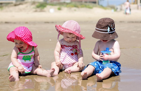 Tips Five Beach Day Essentials For Baby