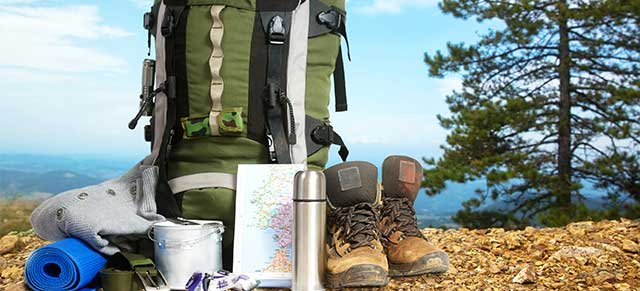 10 Backpacking Essentials